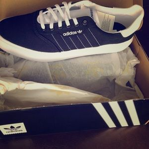 Classic Black Adidas Sneakers/Skate Shoes